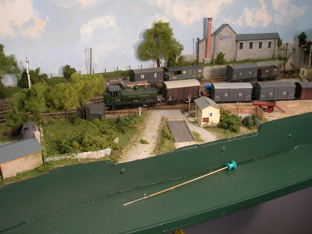 Model railway tips and tricks: Shunting pole on shelf below Sheepcroft Yard