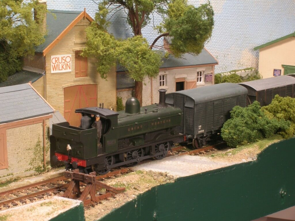 A 004 Improving model locomotives Half cab 21XX Pannier shunting Farmer's Siding